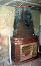 Пристенный камин без отделки. г. Саратов.