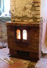 Мини-камин встроенный в коренной дымоход