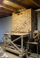 Пристенный камин из старого кирпича село Белый ключ,Саратовская обл.